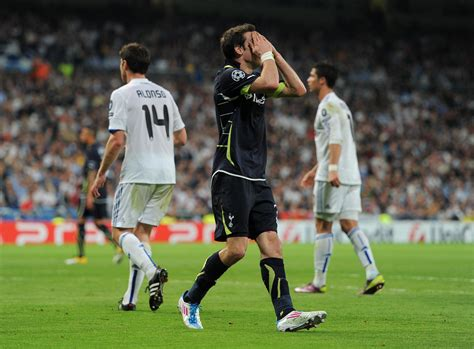 Gareth Bale - Gareth Bale Photos - Real Madrid v Tottenham ...