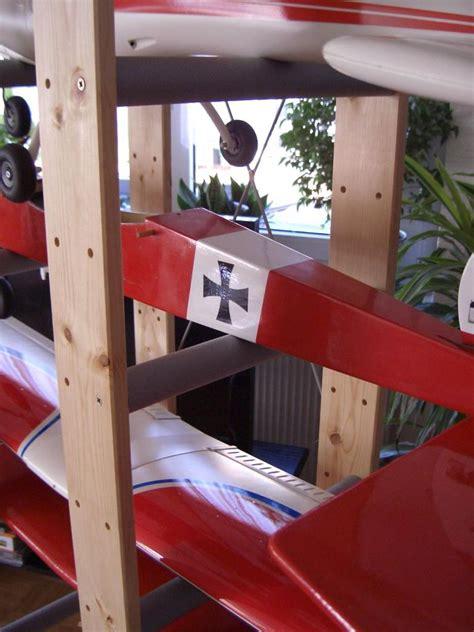 la casa dello scaffale scaffale mobile per riporre i modelli anche in casa