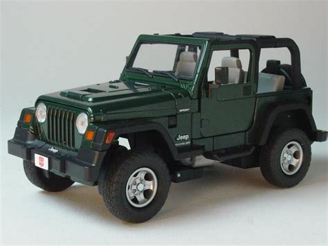 transformers hound jeep die cast pro transformers binal tech bt 04 scout hound