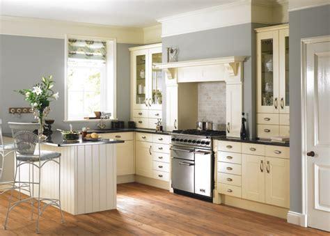 Traditional Kitchens  Jopar Kitchens  Quality & Service