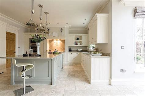 how to a small kitchen island luxurious open plan kitchen by tom howley the kitchen