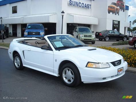 white ford mustang for 2000 white ford mustang v6 convertible 8493030