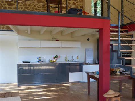 magasin cuisine lyon réalisations une cuisine moderne et fonctionnelle de cuisines avec perene