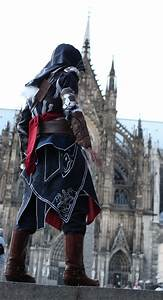 56 best Assassin's Creed Cosplay images on Pinterest ...