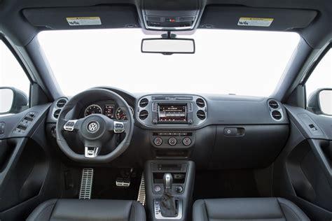 volkswagen tiguan 2016 interior 2016 volkswagen tiguan overview interior the news wheel
