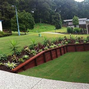 Retaining wall ideas for best choice homestylediarycom for Cheap garden retaining wall ideas