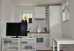 Kommode Vor Bett : tv schrank vor bett inspirierendes design f r wohnm bel ~ Sanjose-hotels-ca.com Haus und Dekorationen