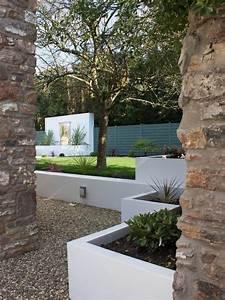 construire un mur de soutenement 84 idees jardin pratiques With amenagement jardin avec pierres 0 design du jardin moderne reussi 35 alternatives du classique