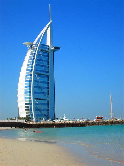 famous buildings  dubai andy  oman