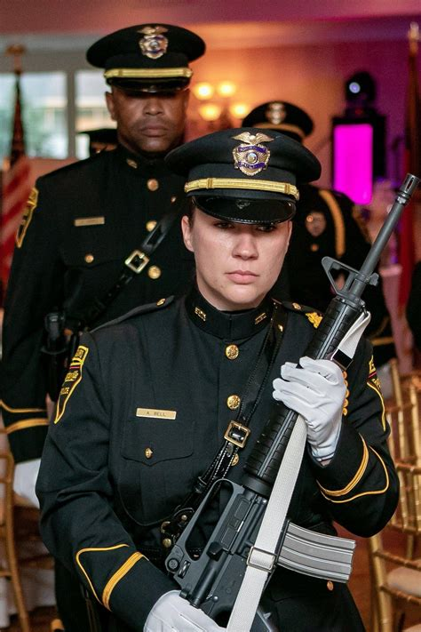 Fayetteville Police Foundation has officers' backs - News ...