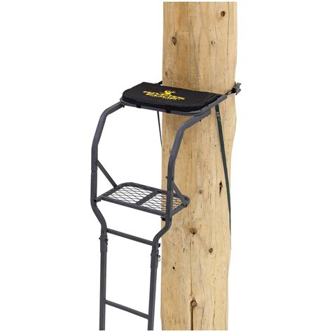 classic tree stands photos rivers edge classic 1 15 ladder tree stand 667267 ladder tree stands at sportsman s guide