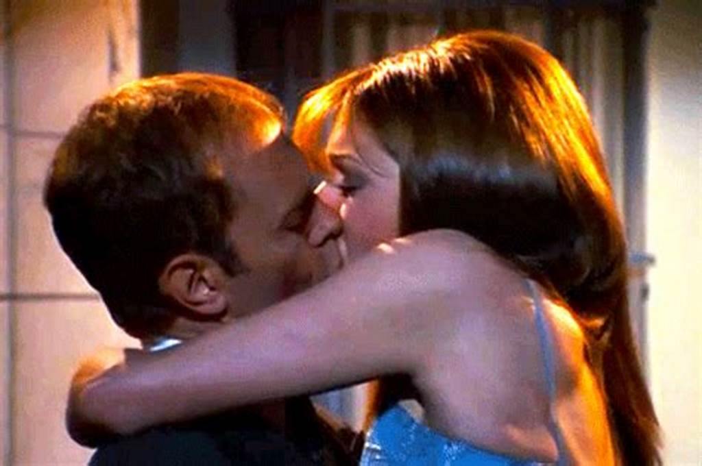 #The #20 #Most #Satisfying #Kisses #In #Tv #History