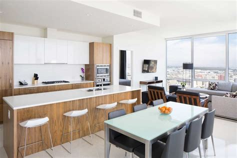 2 Bedroom Apartments For Rent Los Angeles by Two Bedroom Apartments In Los Angeles Level Furnished Living