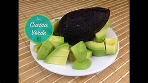 Avocado Pflanze Richtig Schneiden : avocado schneiden und richtig sch len avocado zubereiten ~ Lizthompson.info Haus und Dekorationen