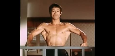 Bruce Lee had some crazy lats at 141lbs : bodybuilding