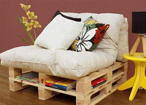 canape palette recup le canapé en palette nos nouvelles idées de récup