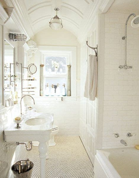 cottage bathrooms ideas 17 best ideas about small cottage bathrooms on