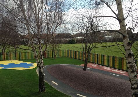 canvey island reception class outdoor play space