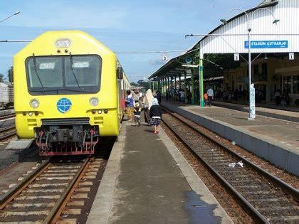 jadwal baru kereta api prameks prambanan express juni 2011 raseco