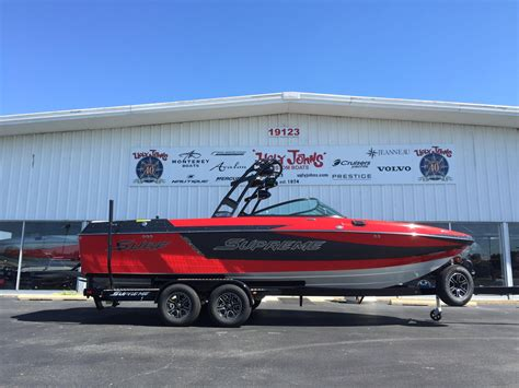 Ugly Johns Boats by 2016 New Supreme S238 Ski And Wakeboard Boat For Sale