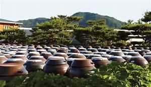 Centre Culturel Coréen : jangdokdae soy jar terrace an area outside the kitchen ~ Melissatoandfro.com Idées de Décoration