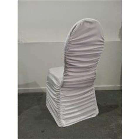 location housse de chaise lyon location noeud de chaise en lycra fushia avec anneau en strass