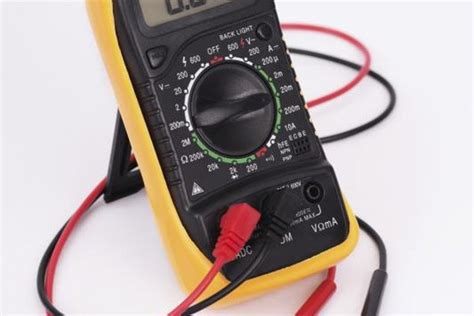 A good, healthy car battery should have no fewer than 12.6 volts. How to Test a Car Battery With a Multimeter   It Still ...
