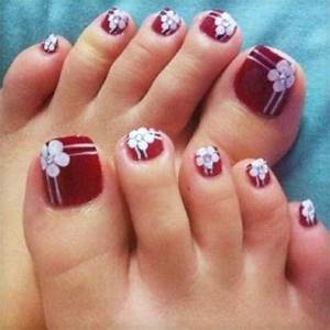 Toe nail art designs for christmas picture