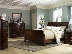 Bedroom paint ideas for bedrooms with wooden cabinet for Bedroom paint and decorating ideas