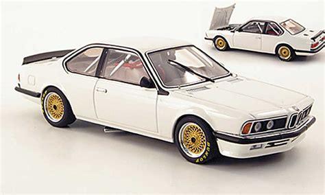 Bmw 635 Csi Plain Body Version White Autoart Diecast Model