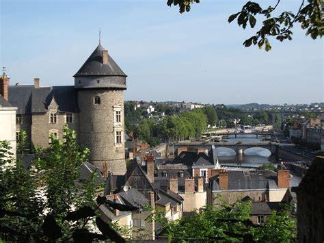 Lava L Images Laval Mayenne