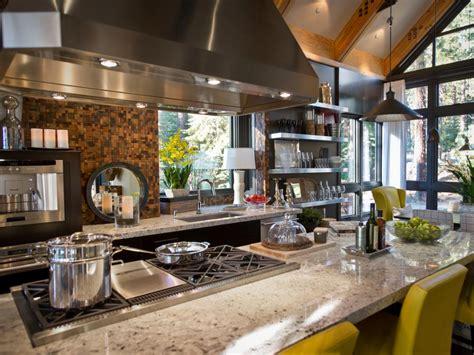 hgtv kitchen backsplashes 30 trendiest kitchen backsplash materials hgtv 1617