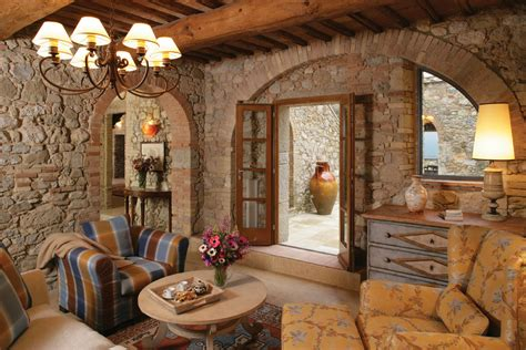 Luxury Farmhouse For Rent In Tuscany
