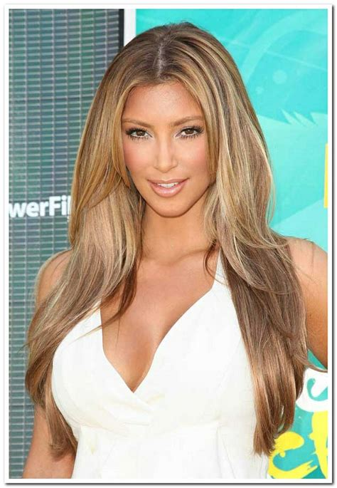 haircuts wavy hair best 25 hairstyles prom ideas on 2817