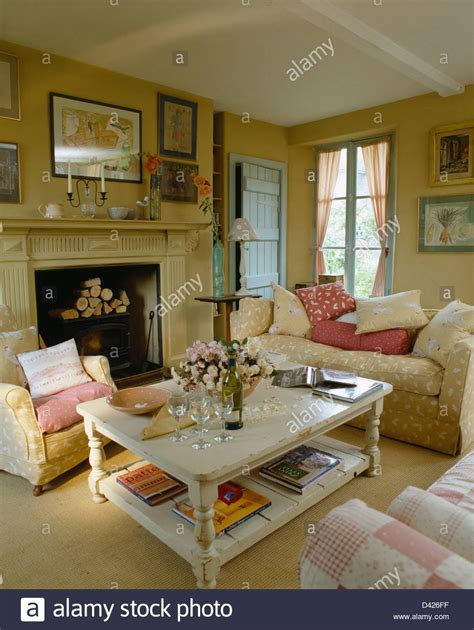 white coffee table  cosy country living room