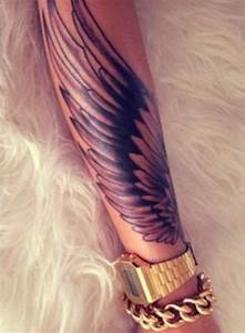 115 Angel Wing Tattoos to Take You to Heaven