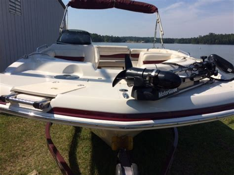 tahoe 195 deck boat 2008 used tahoe 195 i o deck boat for sale 21 900