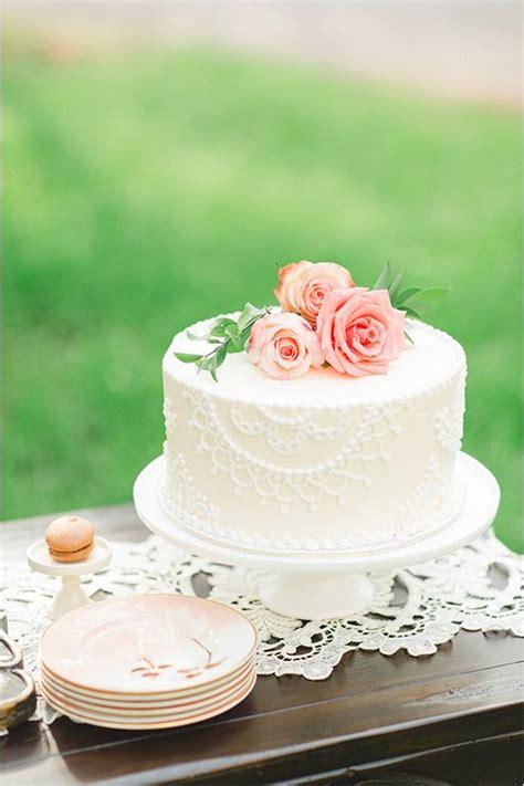 rustic ritzy ranch wedding wedding cake rustic mini