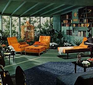 ATOMIC SPLENDOR: 1950'S RANCH INTERIOR
