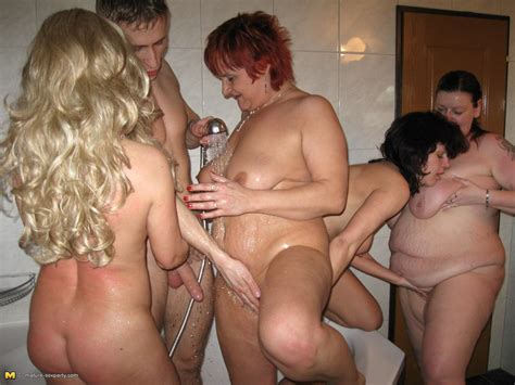 kinky mature sexparty with gigolo pichunter