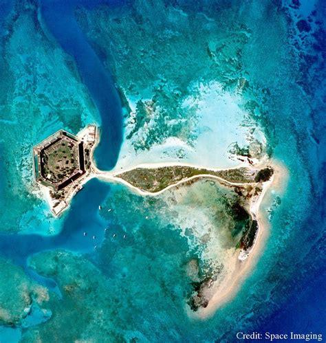 tortugas dry florida key national park snorkeling keys fort jefferson west seaplane loggerhead sea shallow track reefs coral tour