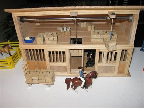 Toy Horse Barn (with Working Hay Bale Hoists)