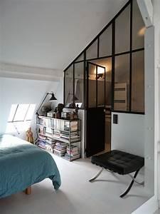 chambre sous combles 10 idees d39amenagement chambre With peinture d une maison 6 amenager un coin bureau dans un studio un appartement ou
