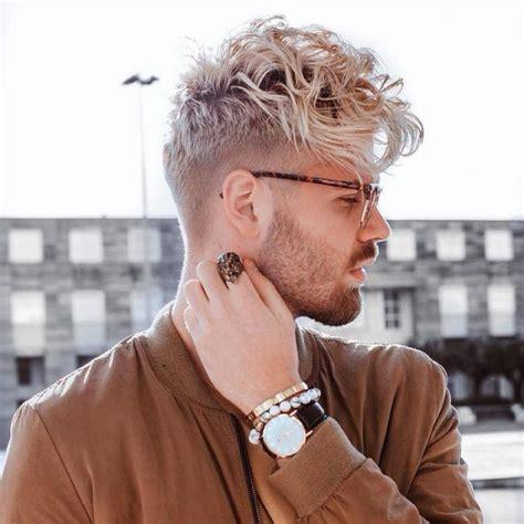 haare blond färben mann frisur m 228 nner locken blond frise frisur frisuren und frisur ideen