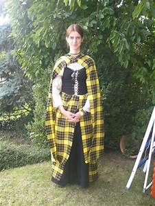 "Clothing: An earasaid is known as ""The Women's Great Kilt ..."
