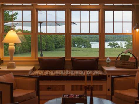livingroom windows living room pictures from blog cabin 2012 diy network blog cabin 2012 diy