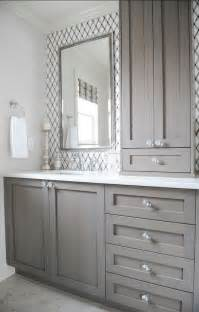 bathroom cabinet hardware ideas give your bathroom a budget freindly makeover confettistyle