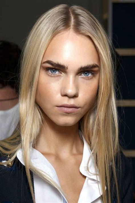 le fashion beauty inspiration bold brows metallic