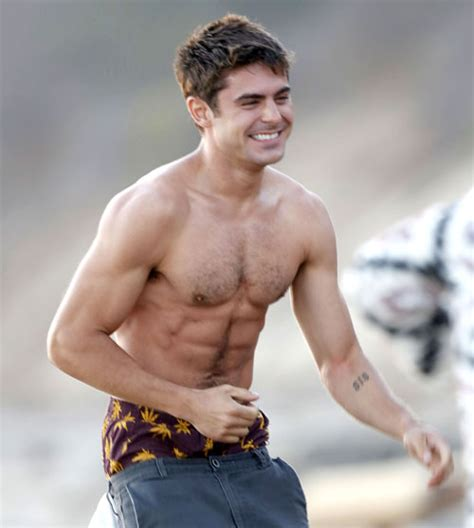 foto de Dlisted Open Post: Hosted By Zac Efron s Hairy