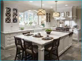 ideas for kitchen islands with seating best 25 kitchen islands ideas on kitchen island kitchen layouts and kitchen island